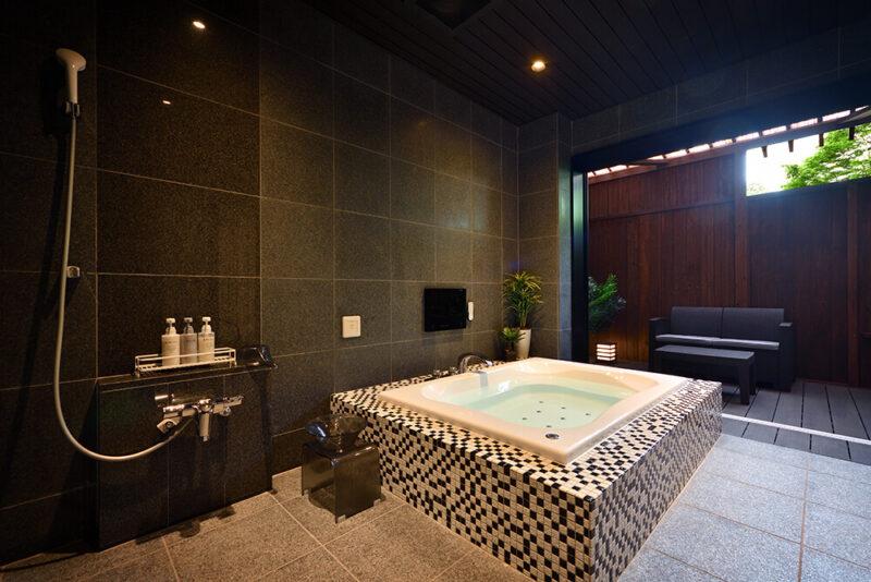 Luxury-Suite〈月の灯り 103〉