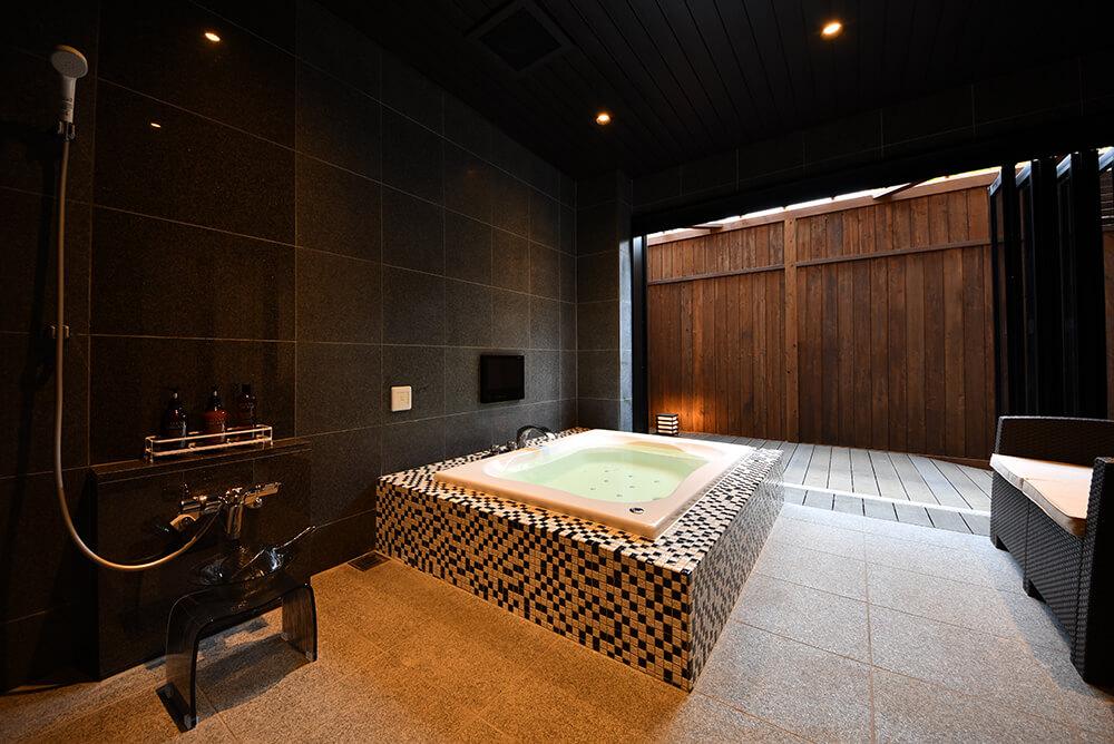 Luxury-Suite〈月の灯り 103〉メイン画像